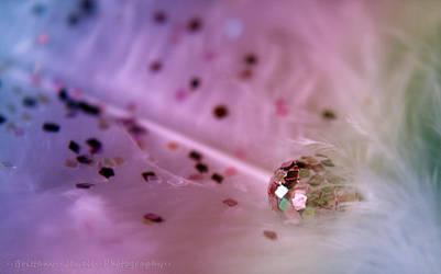 Glitter in Her Veins by Lady-Trevelyan