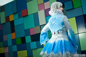 Weiss Snowflake Back by HollyGloha