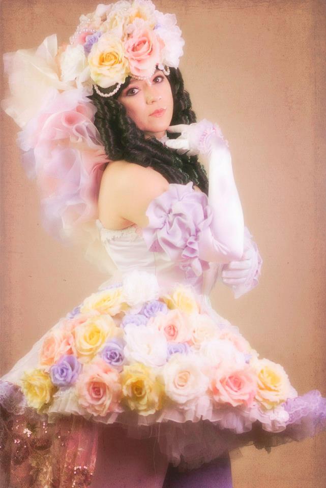 Princess White Rose Repose Sakizo by HollyGloha