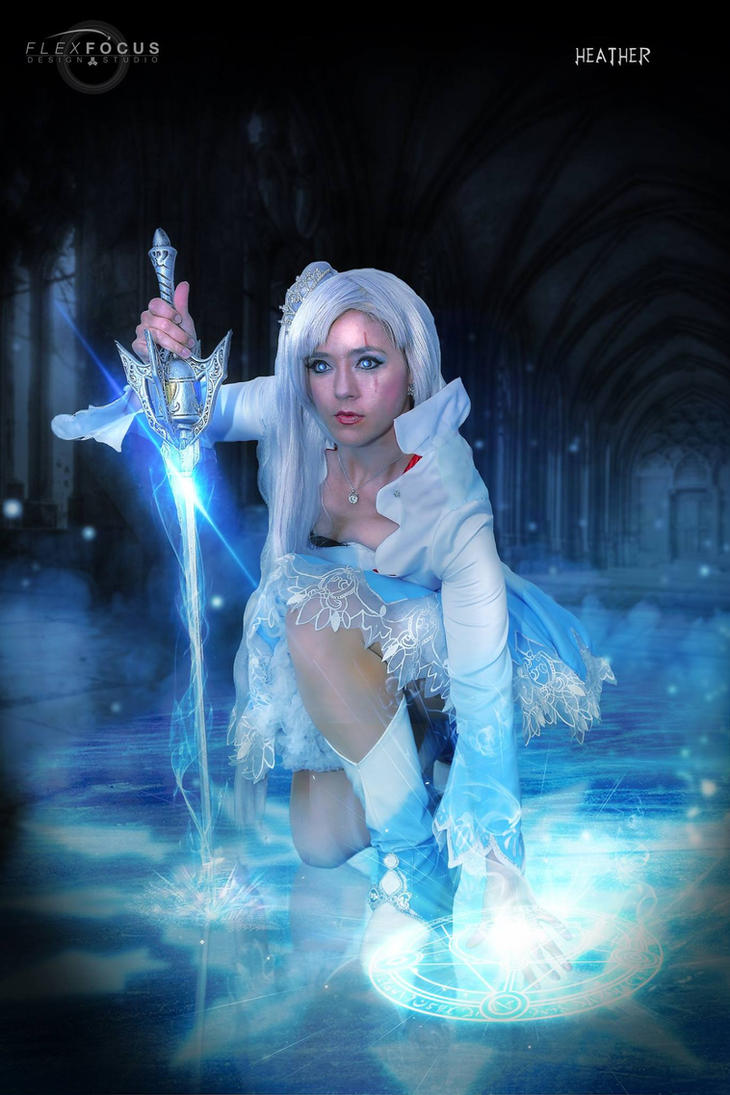 Weiss Schnee, Ice Queen by HollyGloha