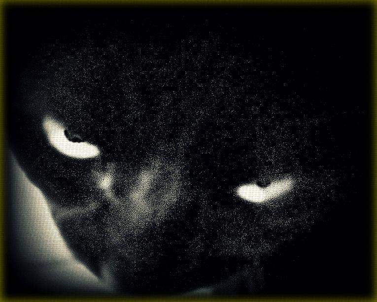 Gloomy Eyes by surrealistic-gloom