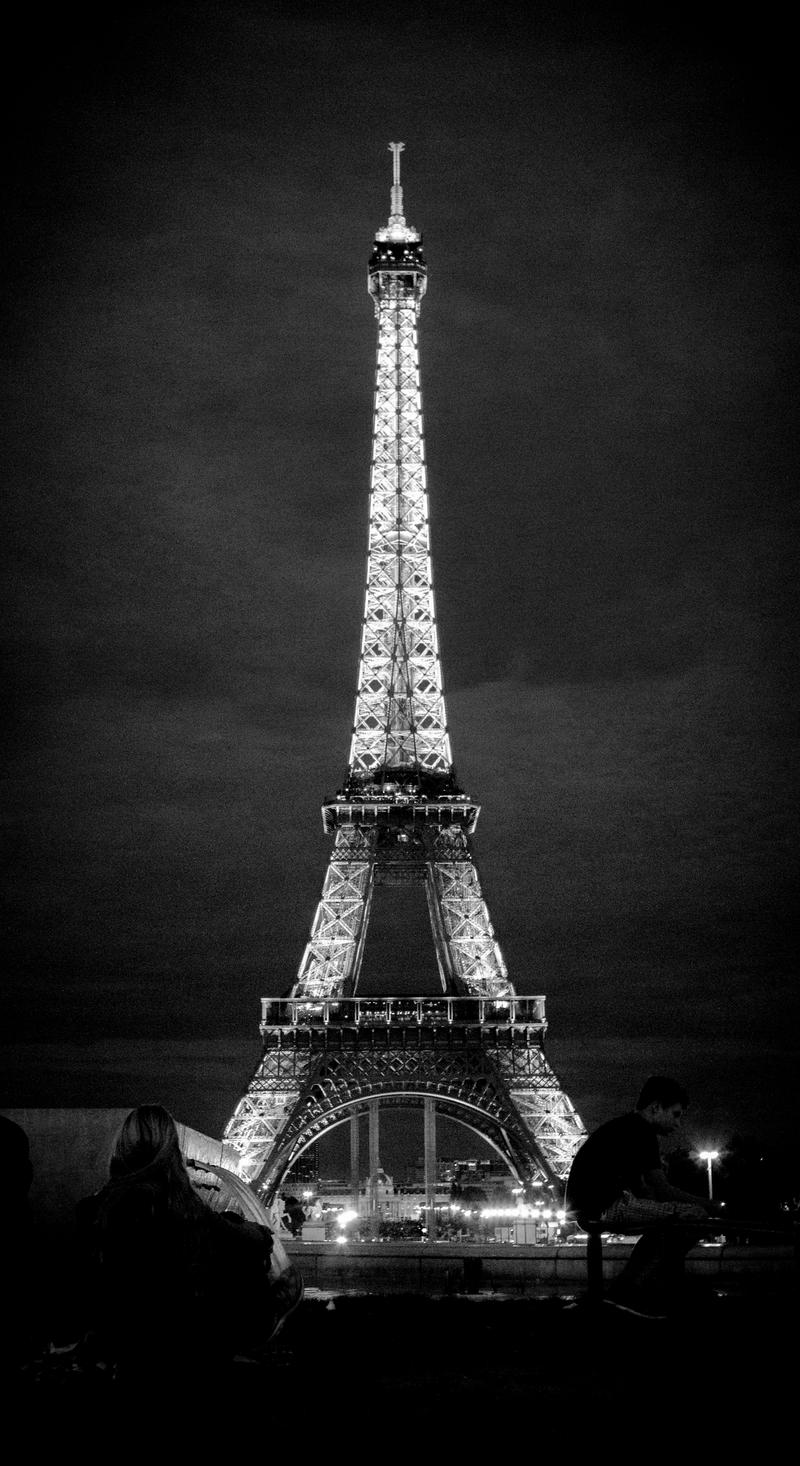 Eiffel tower in black and white by yabbus23 on deviantart for Eiffel tower mural black and white
