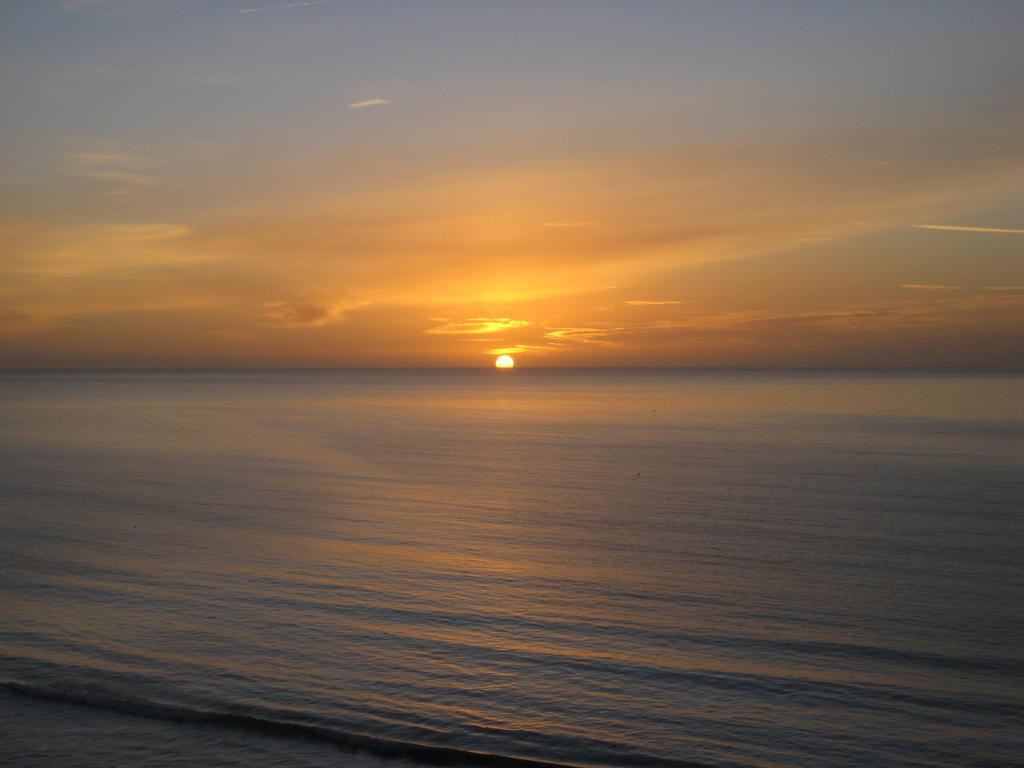 Sunrise Poole by azeemb