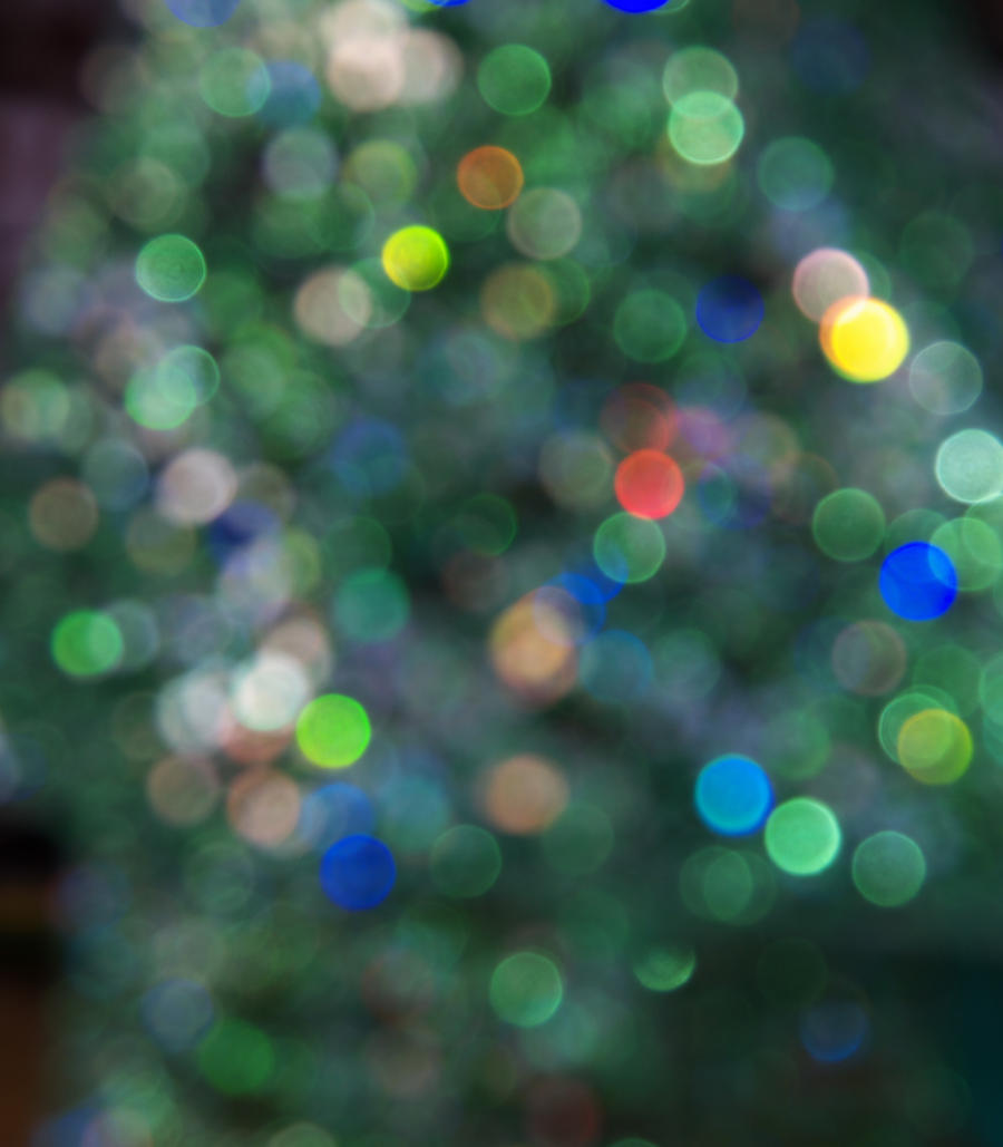 Green Christmas-tree Bokeh by voeslav