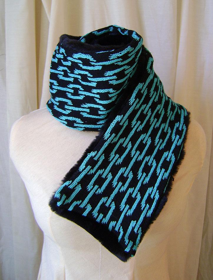 Foulard motif chaine faux fur turquoise noir by Emillye