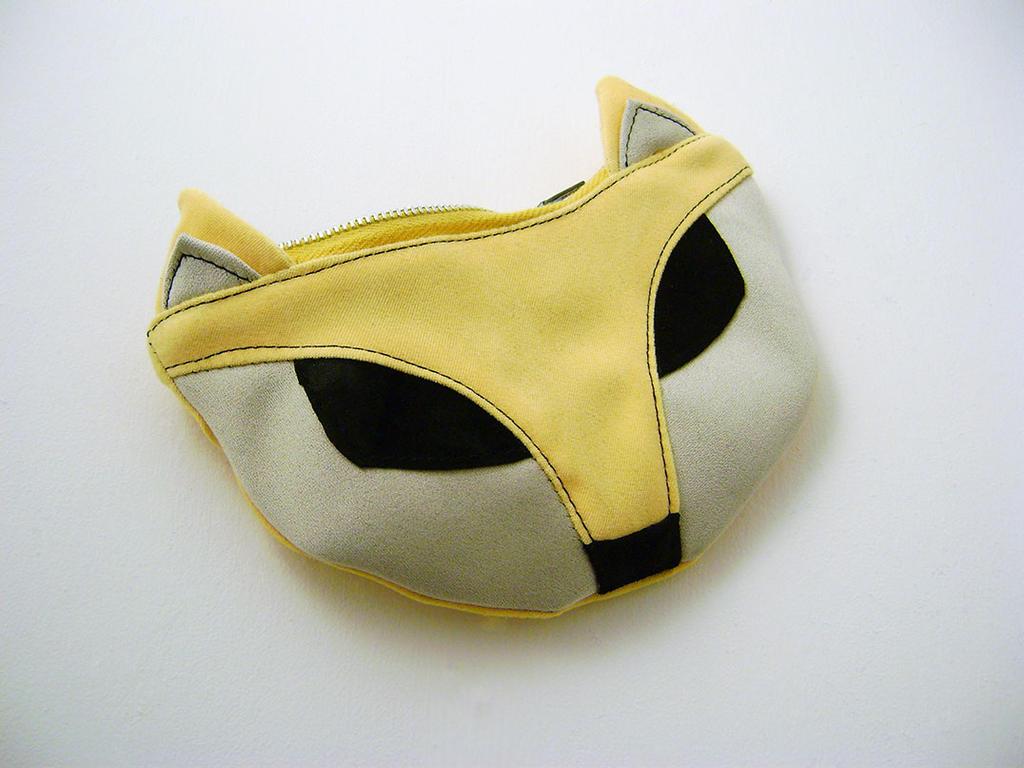 Pochette renard jaune, yellow fox pouch by Emillye