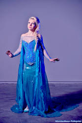 Elsa Queen  - Frozen
