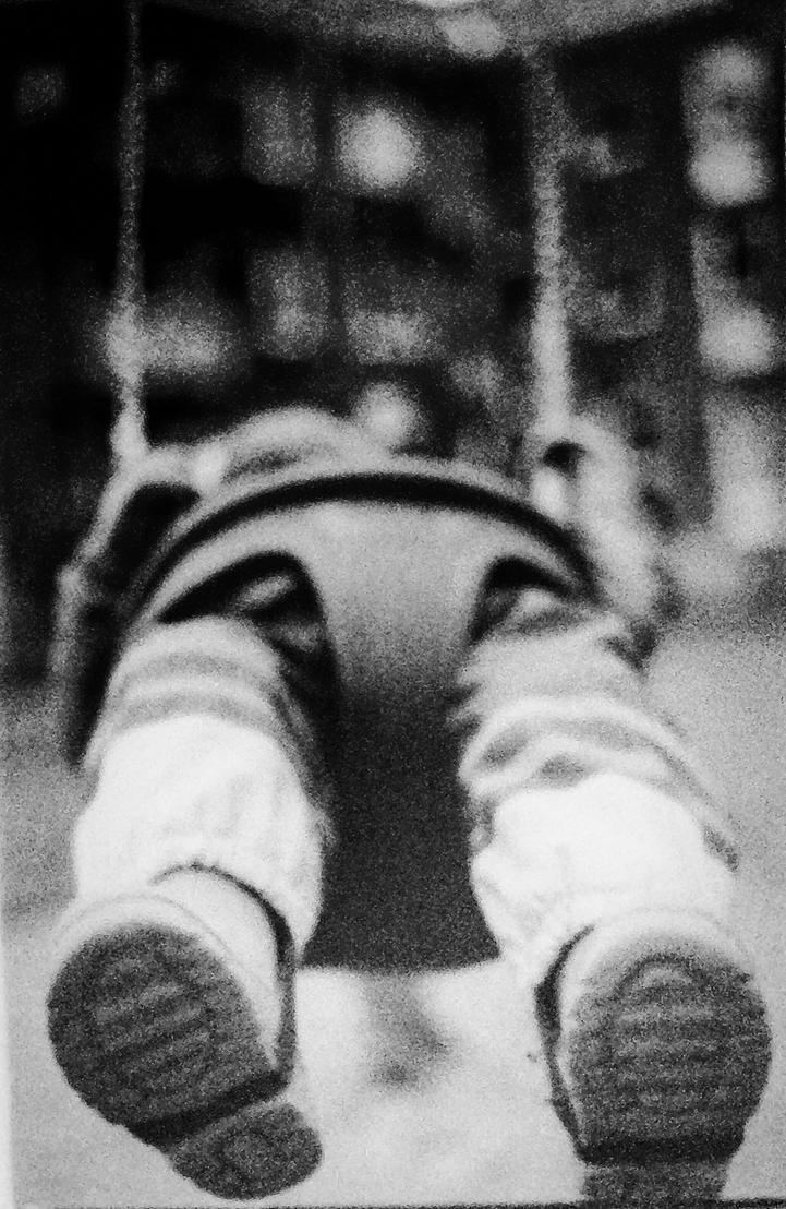 Swinging by elforg