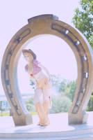 AJ and horseshoe by Arichka