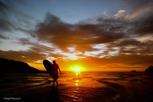 Lone Surfer by quiksilver1971