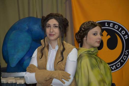 Leia Endor and Leia comics book