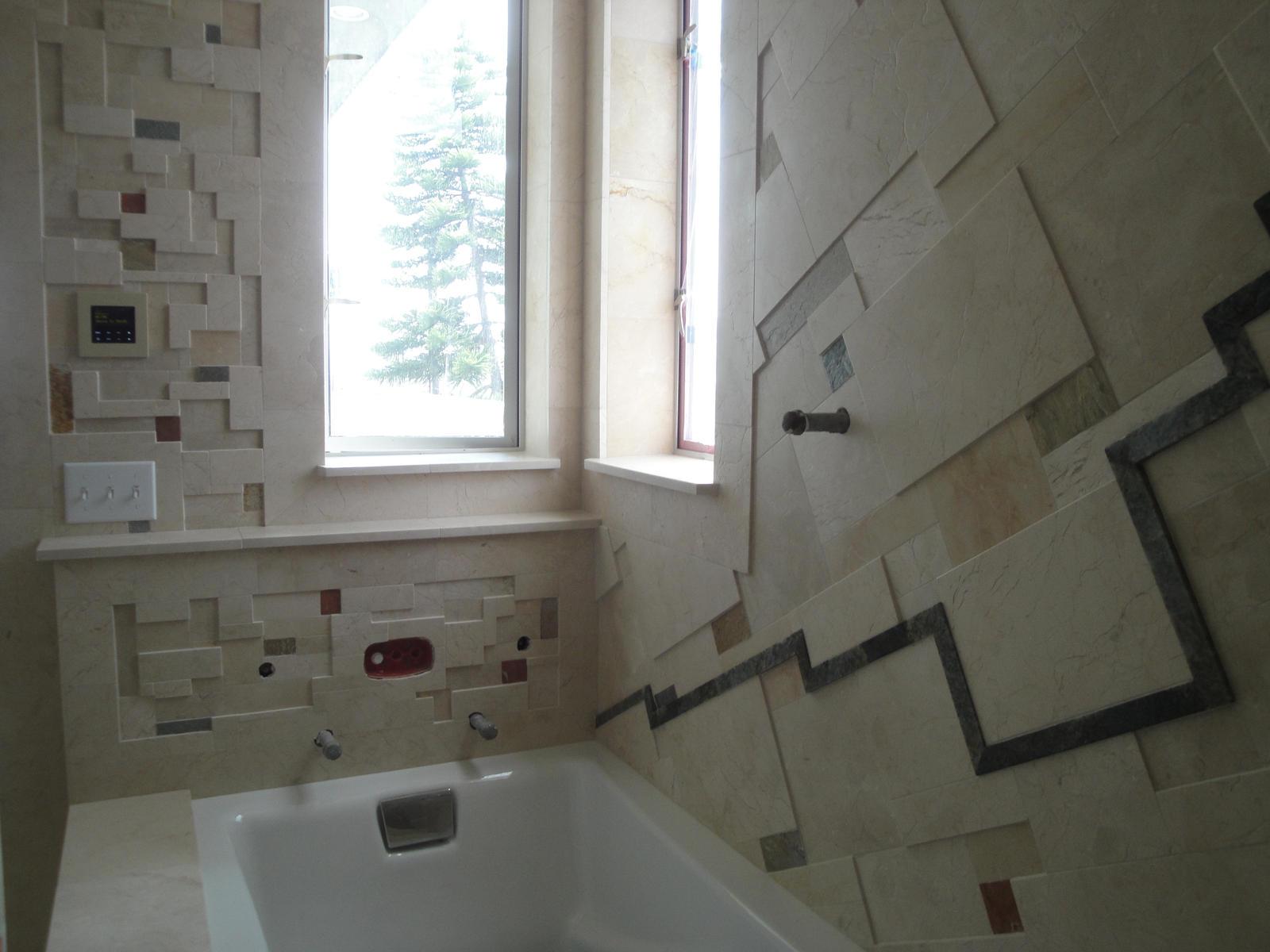 petey master bathroom tub