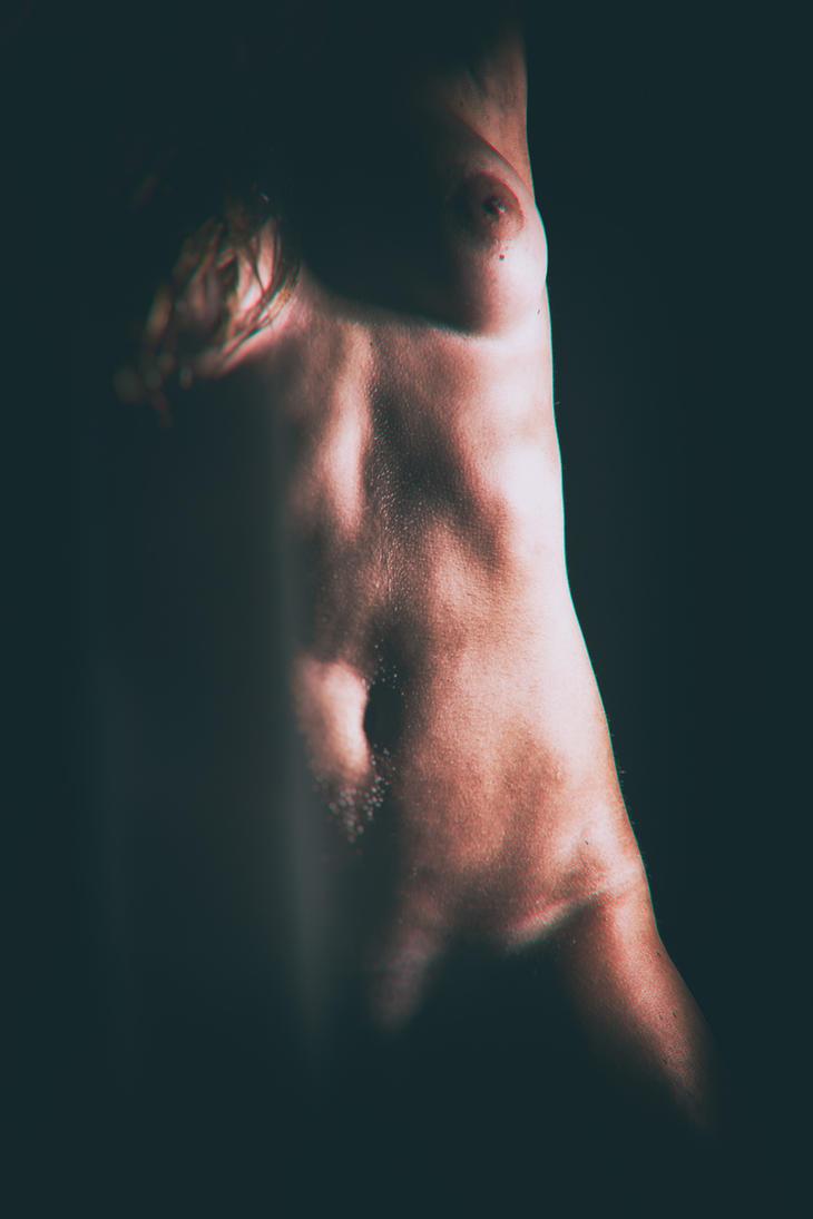 Nude in Shadow by GeheimnisBild