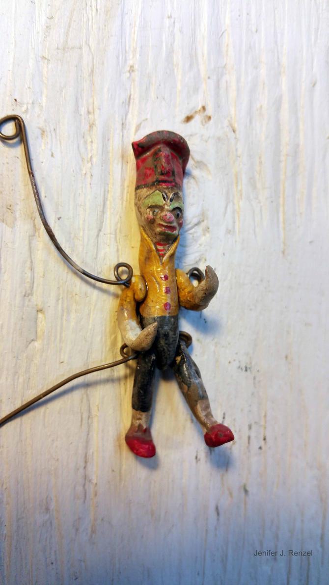 Decrepit Clown 2 by bugatha1