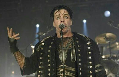 Some More Herr Lindemann by PingusArmy