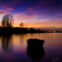 Boat in the Night by Linkineos
