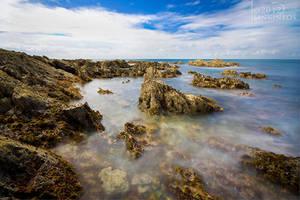 (The) Sea Rocks by Linkineos