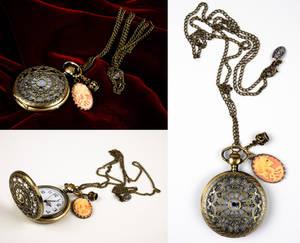 Romantic Arabesqued Watch