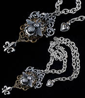 Belladonna Florence Necklace