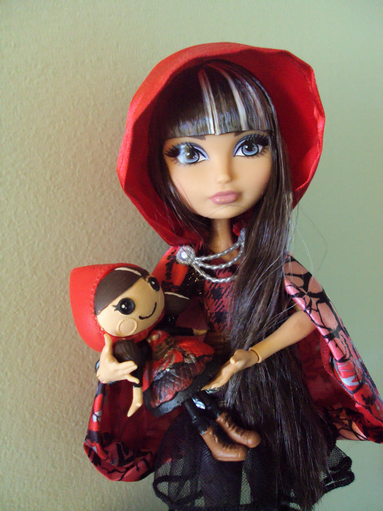 Ever After High Lalaloopsy Cerise Hood By