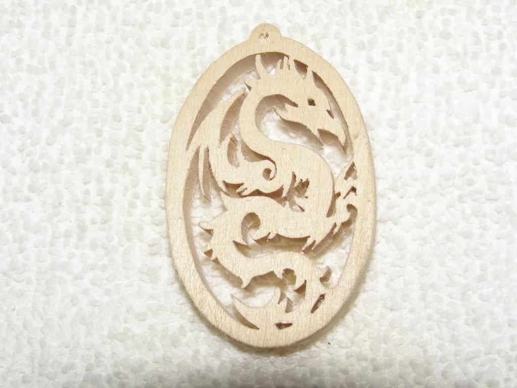 dragon_pendant_by_des804-d6ilppu.jpg