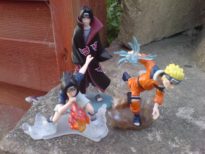 Naruto, Itachi And Sasuke by l3xxybaby