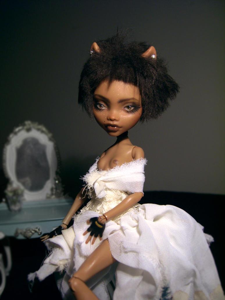 Custom Monster High Clawdeen [sold] by Kayke
