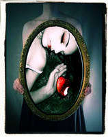 Death Of Snow White by TearsInMyEmoEyes