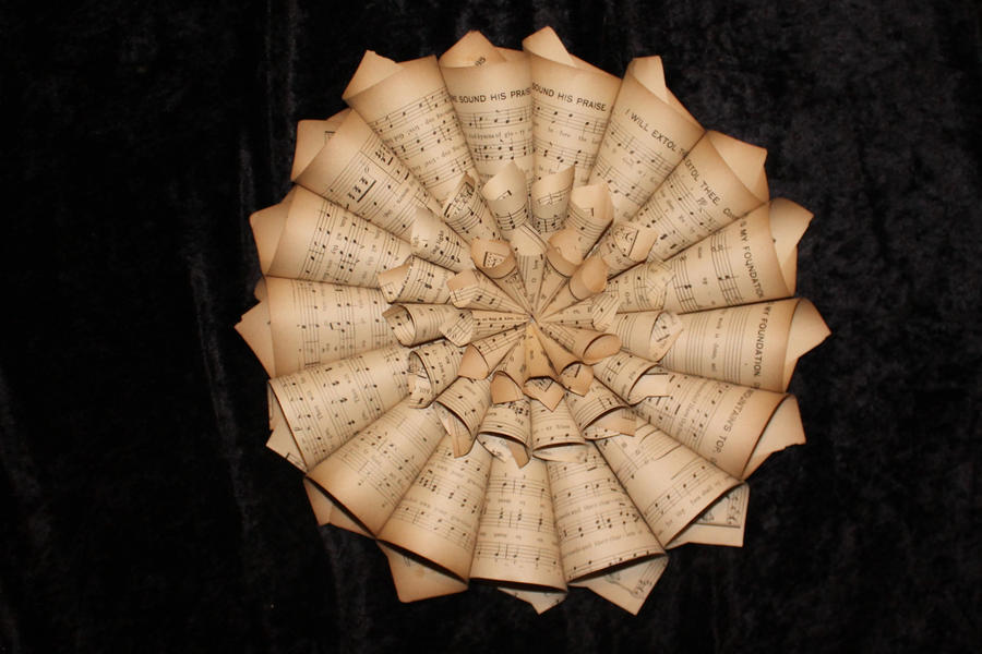 Small Wreath Book Sculpture by wetcanvas