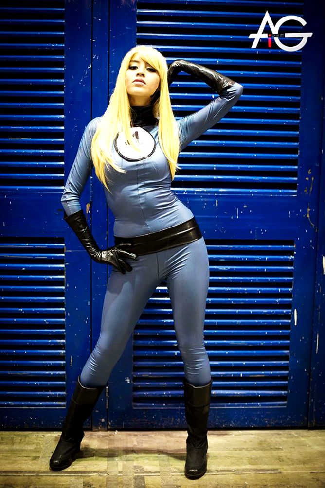 Invisible Woman Cosplay COSPLAY Hotties: Featu...