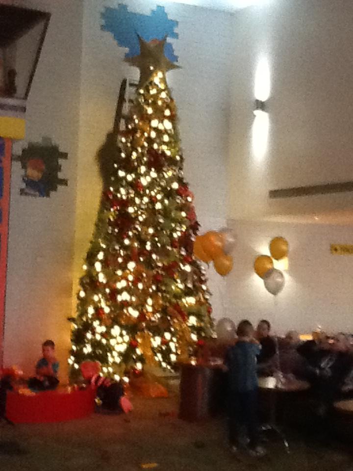 LLWR Hotel Christmas Tree by CCB-18