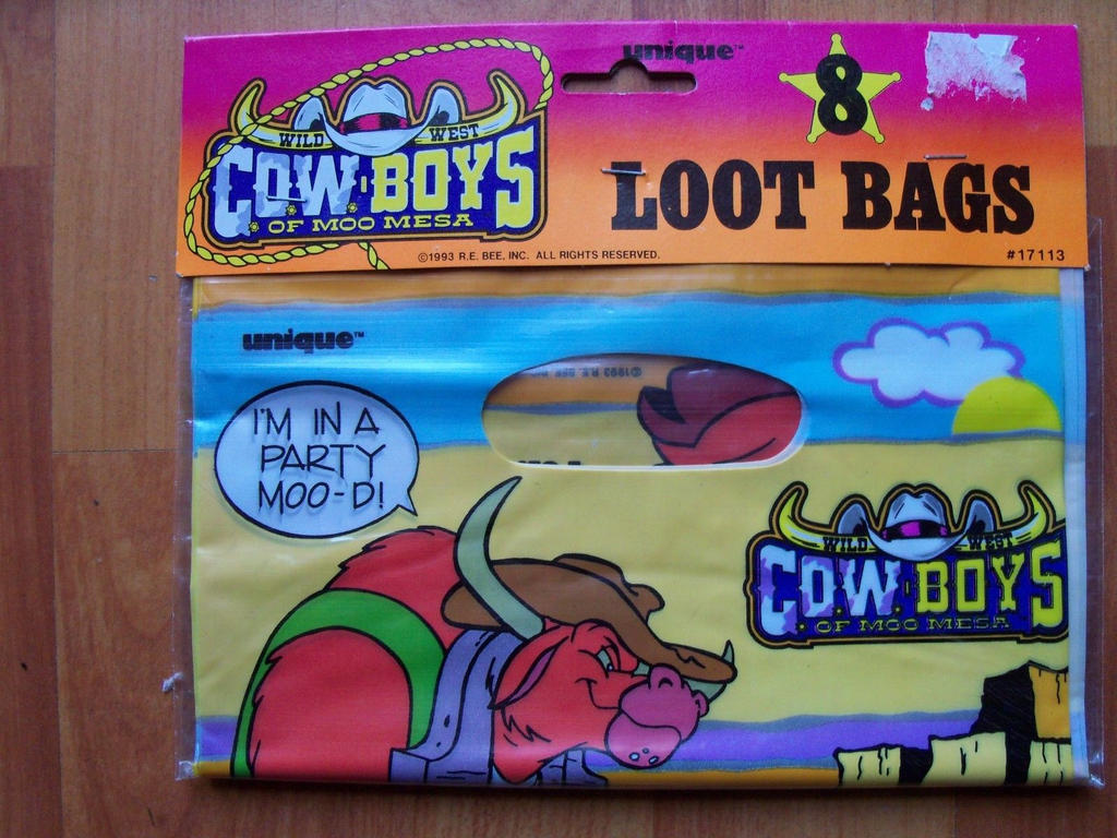 Moo Mesa Party Gear #4 by CCB-18