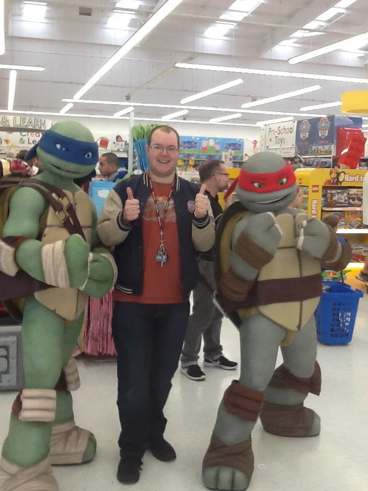 Me, Leo and Raph @ Toys 'R' Us by CCB-18