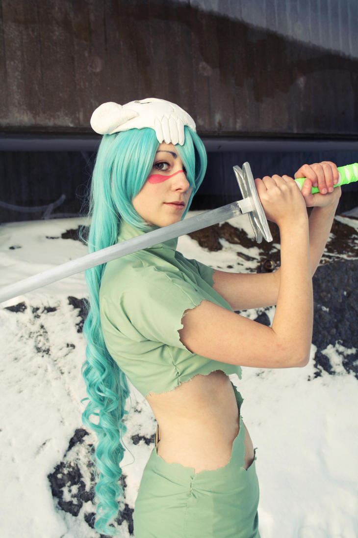 Neliel - Raise your sword by Shiroiaisu