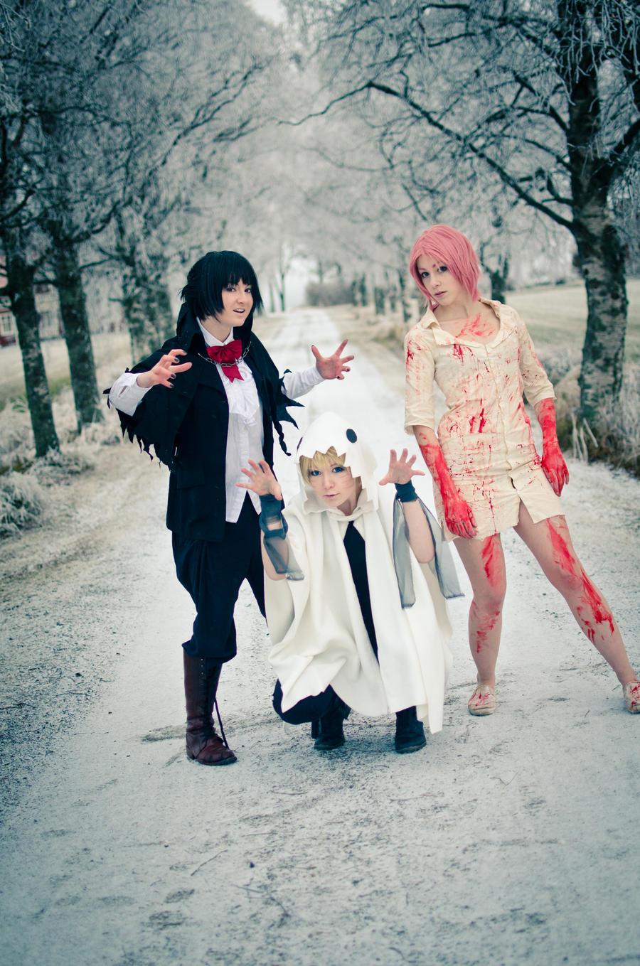 Team 7 - Happy Halloween! by Shiroiaisu