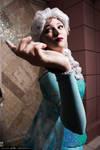 Elsa Cosplay v 2.0