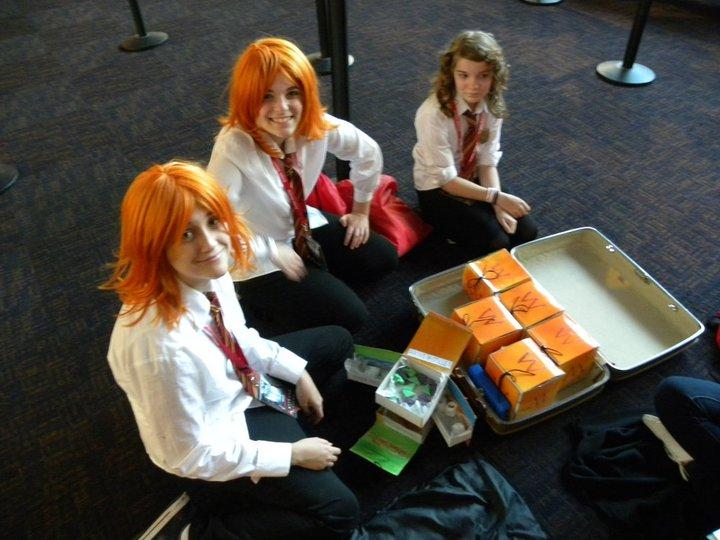 Skiving Snackboxes by chocobowonder