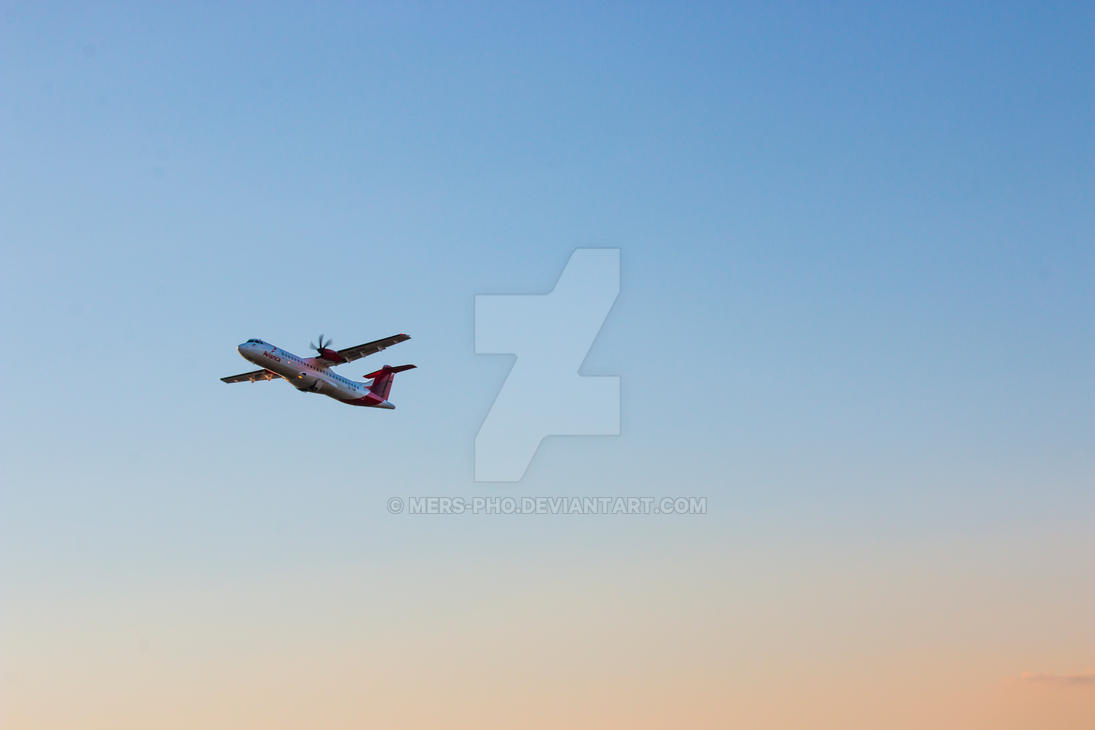 Avianca Plane by mers-pho