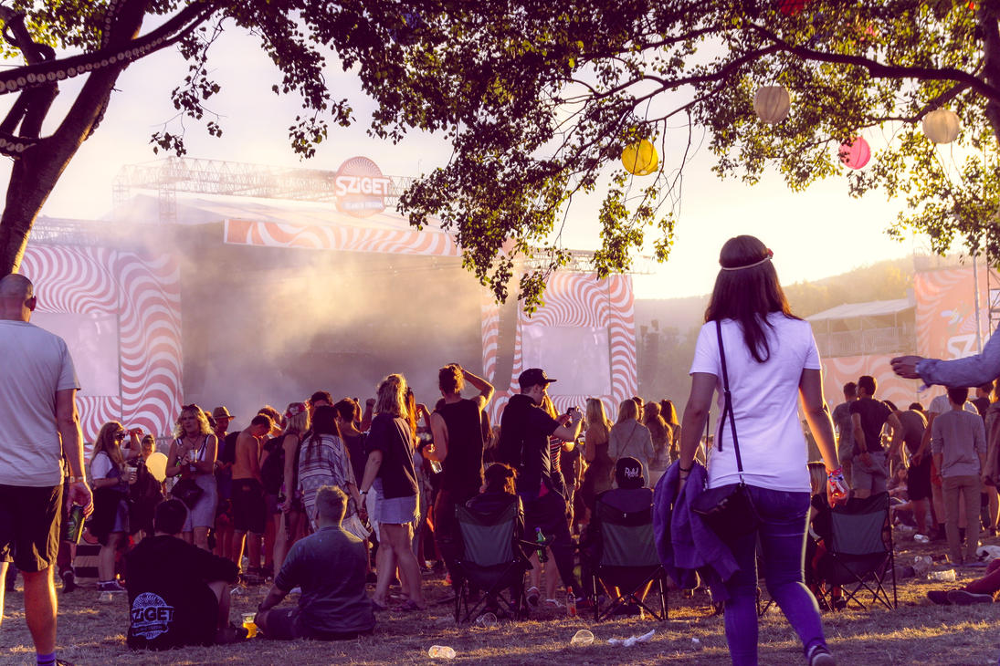 2016 BP How waste many in a fest Sziget by Blumen1983