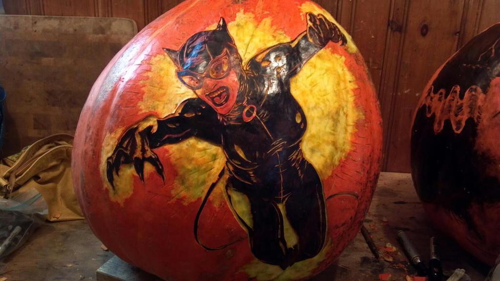 Catwoman - Unlit Carve by snerk