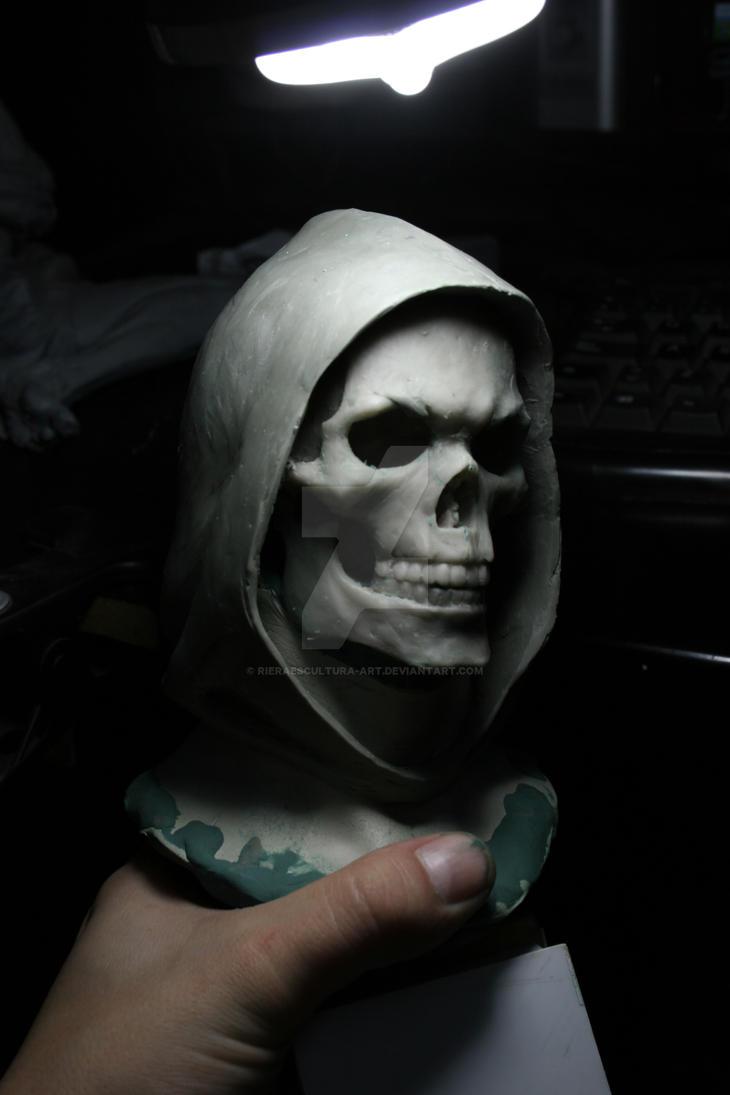 Busto en proceso de  skeletor escala 1/2 -2 by rieraescultura-art