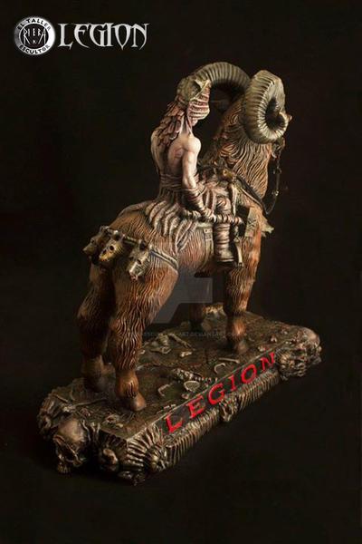 Legion-10 by rieraescultura-art