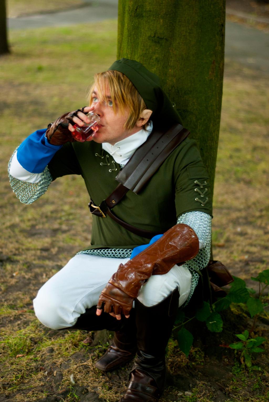 Link drinking potion by Fenwrath