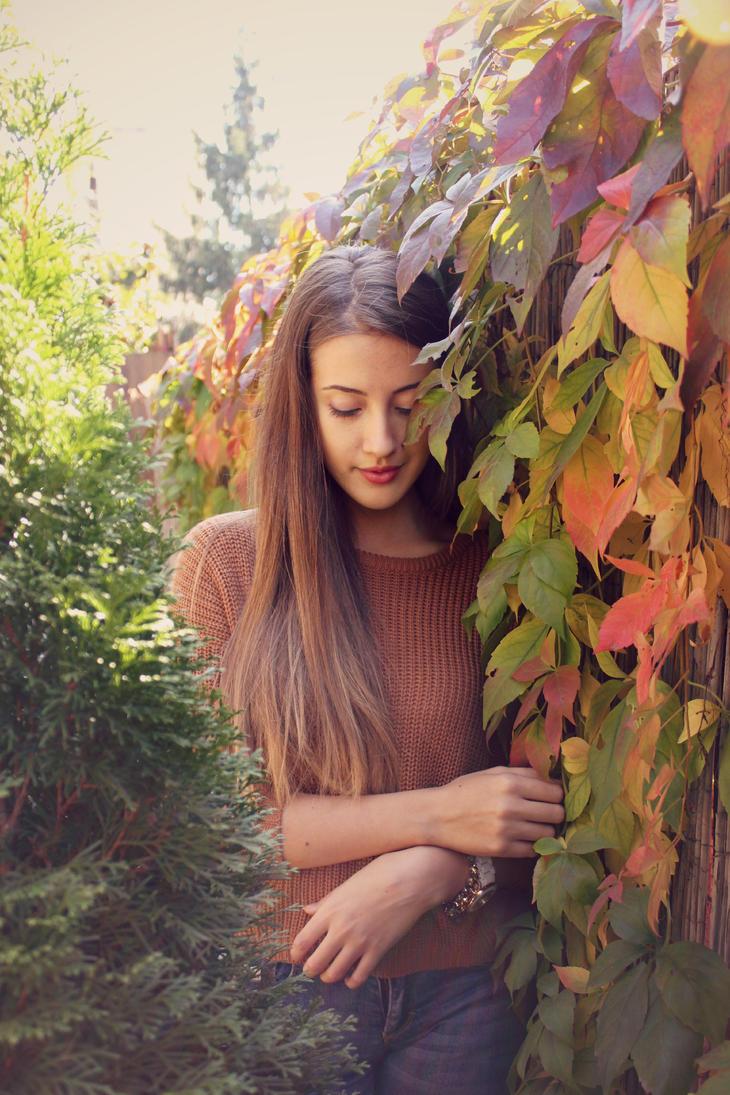 Suddenly it's autumn by NaneKatharina