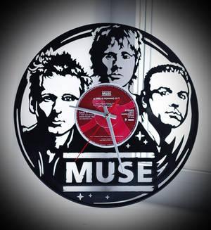 Wall clock Muse