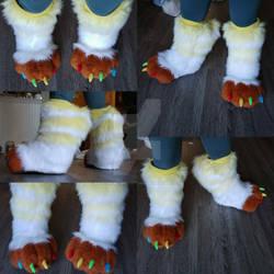 Knee-High Feetpaws Commission: Ishiis Feet