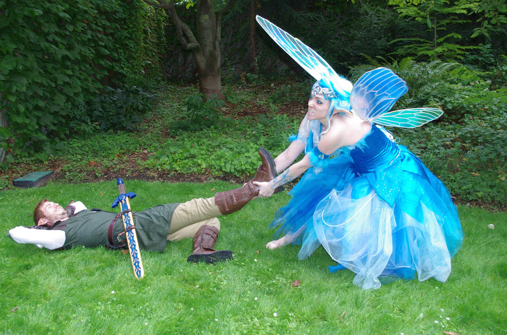 IT'S NOT FUNNY, LINK! // Navi + Link cosplay LOZ by lelental