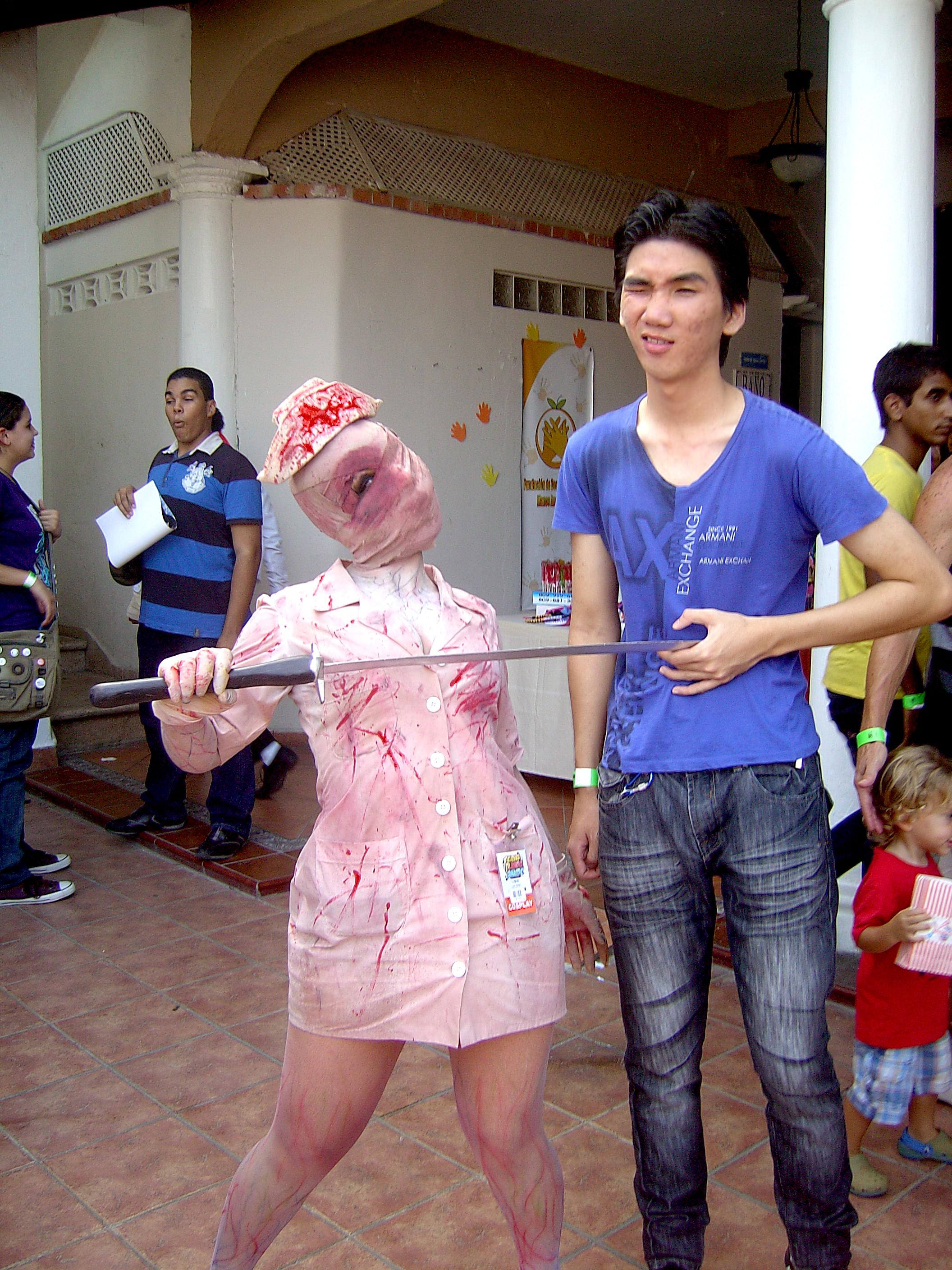 Enfermera Silent Hill Cosplay Feria Mundo Anime by EnriqueNg on