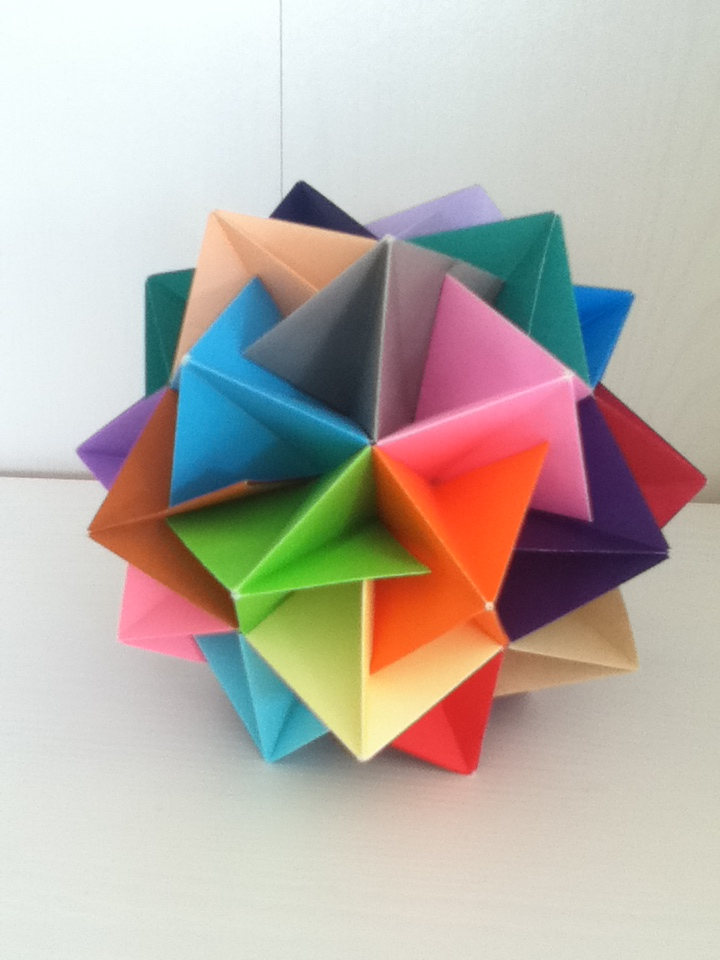 Twinboat Icosahedron by DaughterofBeast23
