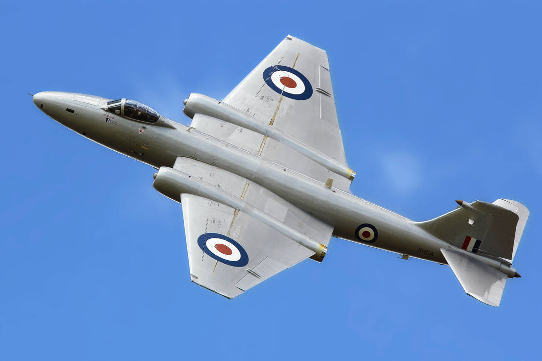 English Electric Canberra PR.9 by Daniel-Wales-Images